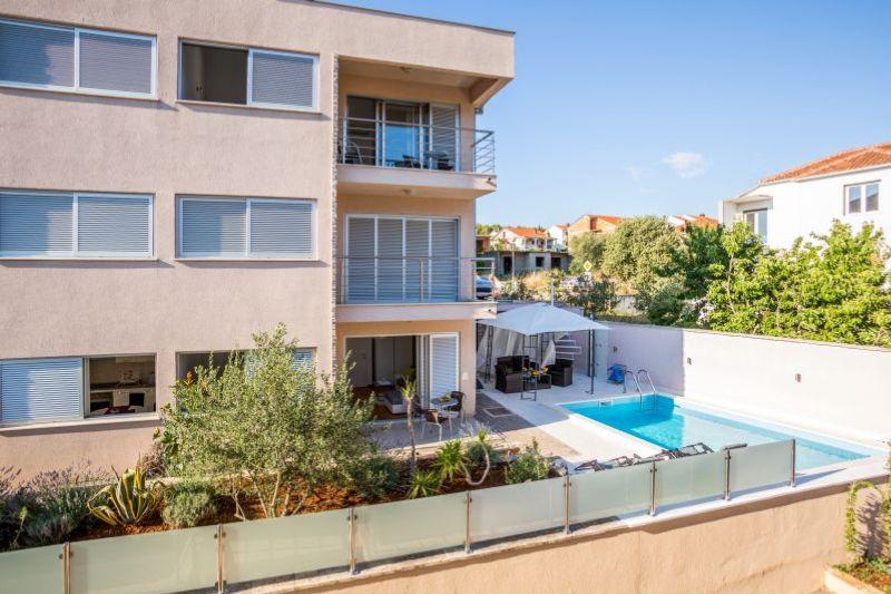 Apartment Mamic 1