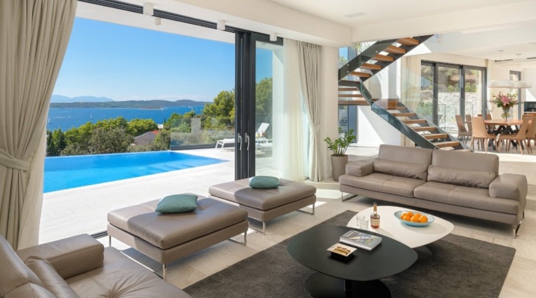 Top 5 Reasons to Book a Villa this Summer in Hvar