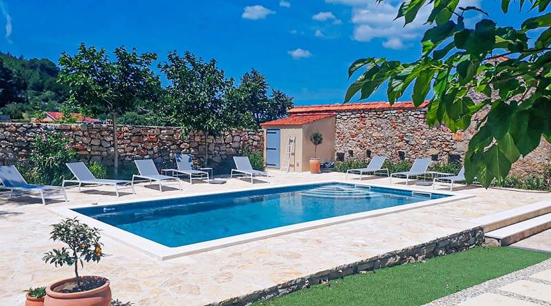 Additional Services When Renting a Villa